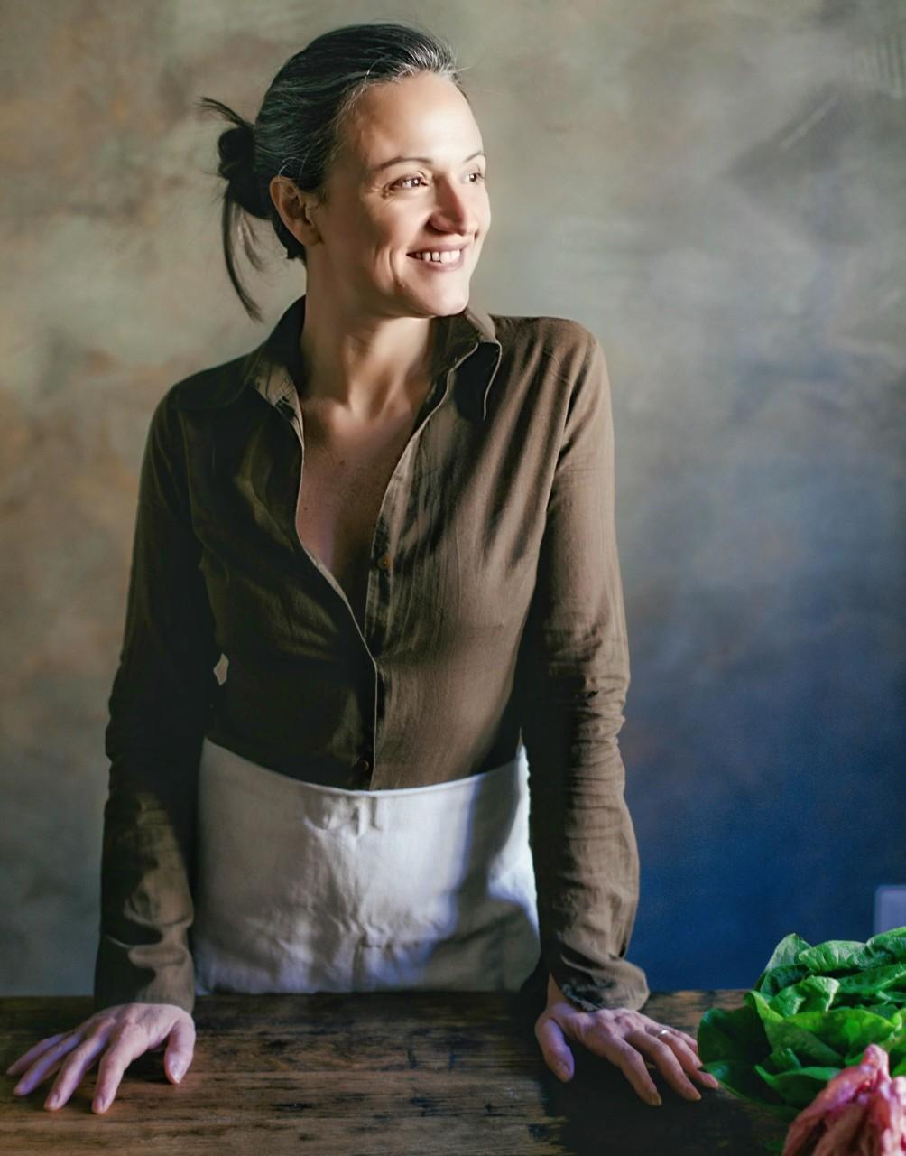 Valeria Farina: mi prendo cura delle donne